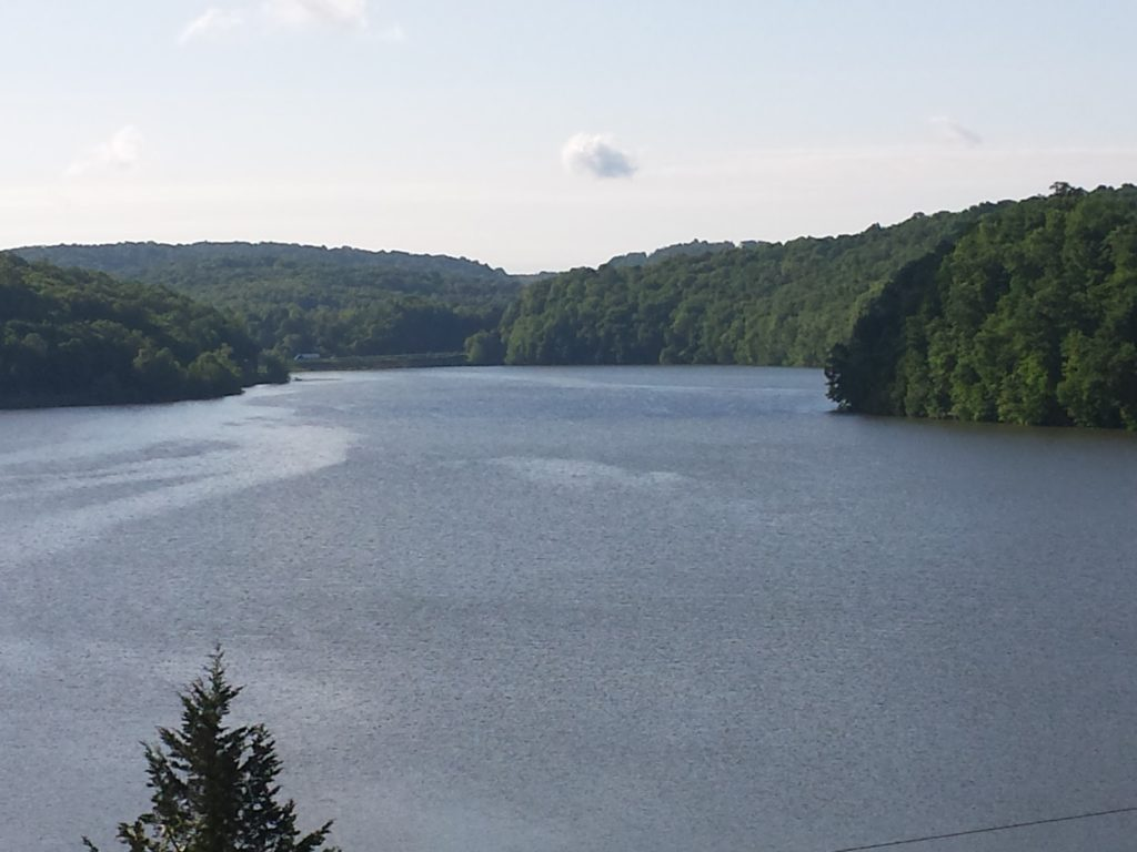Lake Linville, Renfro Valley KY